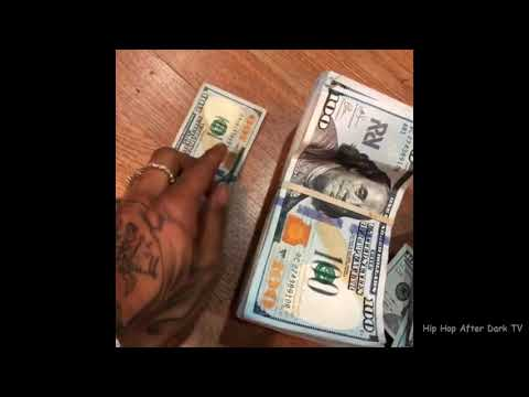 Swae Lee shows difference between Big $100 Bills and Regular $100 Bills 💰