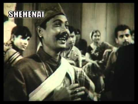 Akshaya Mohanty & Shipra Bose-'Gele gele gori mare chhuri...' in 'Adina Megha'(1969)