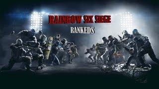 Rainbow Six Siege // EP.24 RANKEDS - Mi equipo me lleva a la victoria! :D