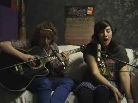 Peggy Sue & The Pirates - Where Did You Sleep Last Night
