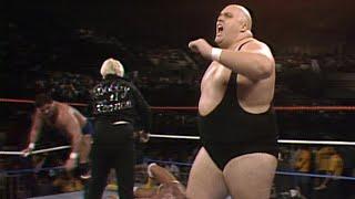 King Kong Bundy crushes Hulk Hogan: Saturday Night\'s Main Event, March 1, 1986