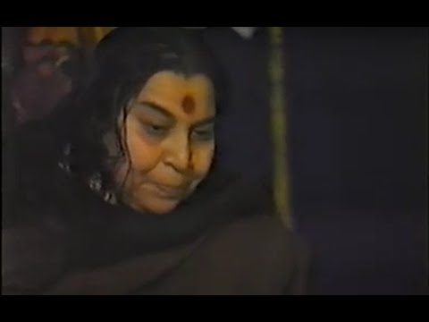 1983-0101 Entertainment Program, Gondhal (Drama) and Bhajans, Kolhapur, India