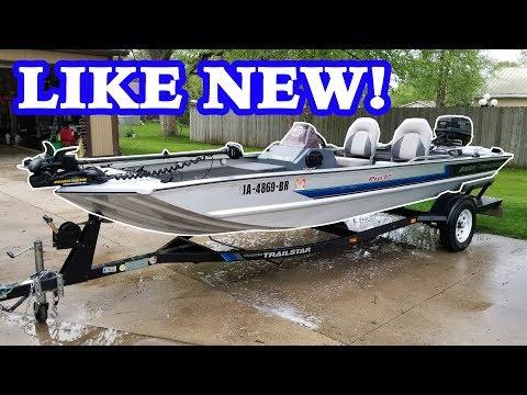 Aluminum Boat Cleaning - LIKE NEW!