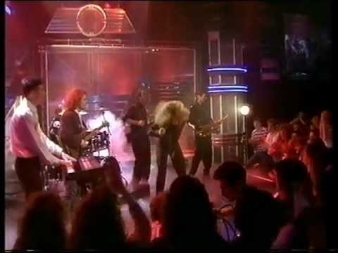 Tina Turner - Steamy Windows - Top Of The Pops - Thursday 22nd February 1990