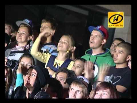 Видео: Танцоры брейк-данса выступили в Минске