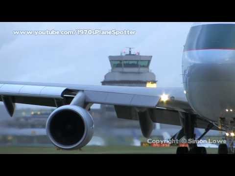 Cathay Pacific Cargo B744F. B-LIE. MAN 25/11/09