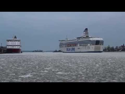 Ships leaving the icy port of Helsinki