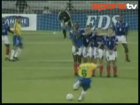 Roberto carlos br sil france m morable match un coup - Coup franc roberto carlos contre la france ...