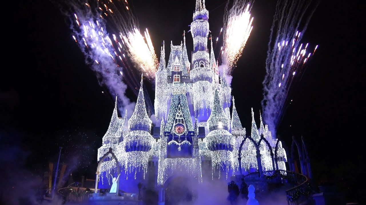A Frozen Holiday Wish At Magic Kingdom Lighting Of Cinderella Castle 2018 With Anna Elsa Olaf