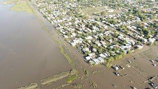 Наводнение на севере Аргентины: людей эвакуируют