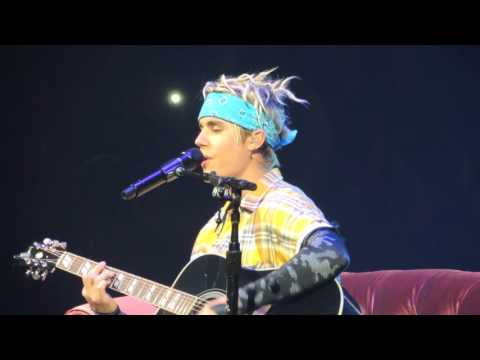 "Justin Bieber ""Look At the Stars"" and ""Love Yourself"" Columbus, Ohio April 28, 2016"