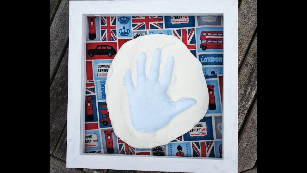Diy clay hand print gift present baby hand prints using baking diy clay hand print gift present baby hand prints using baking soda clay youtube solutioingenieria Choice Image