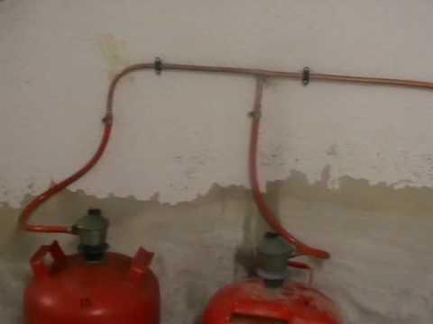 Acumulador de acs detalle de chimenea y butano youtube - Chimeneas de gas butano ...