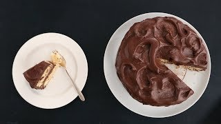 The Best Technique for Swoopy Cake Frosting - Kitchen Conundrums with Thomas Joseph
