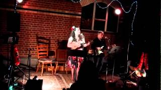 Kahiwa Sebire performs Make Yourself Comfortable - Sarah Vaughan