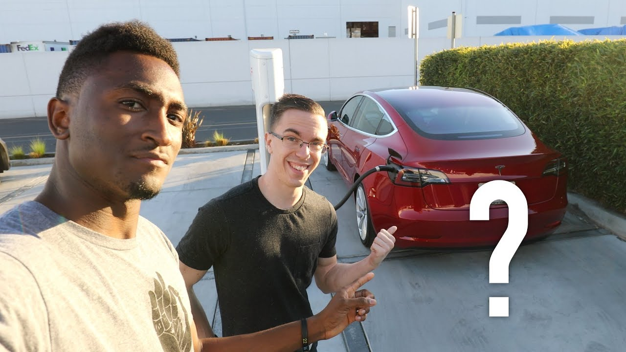 Free Tesla Roadster? Ask MKBHD V24!