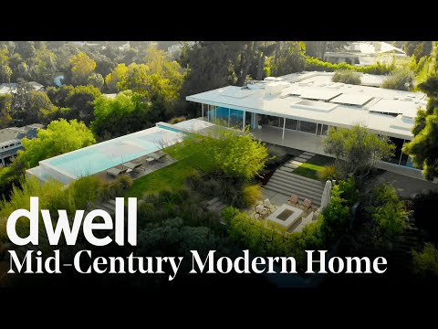 Touch the Sky in this Reimagined Mid-Century Modern Home | Dwell Escapes