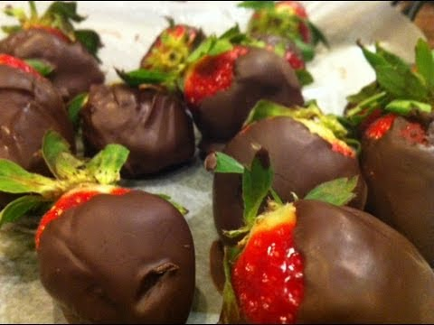 How to Make Chocolate Covered Strawberries...