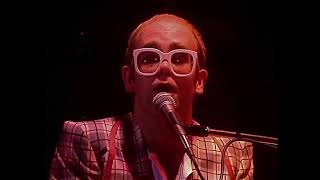 Elton John - Don't Let The Sun Go Down On Me (Live at the Playhouse Theatre 1976) HD *Remastered