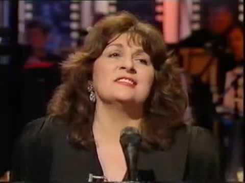 GEORGIA BROWN SINGING  TIME HEAL S EVERYTHING  ON THE WOGAN