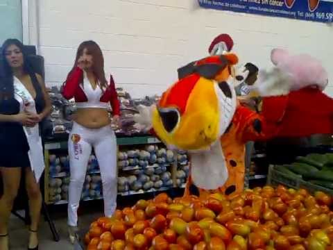 Edecan Express Fruit en Distribuidora el Florido