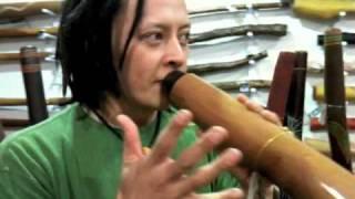 How to play didgeridoo - Sanshi teaches us a rhythm from Chikyu