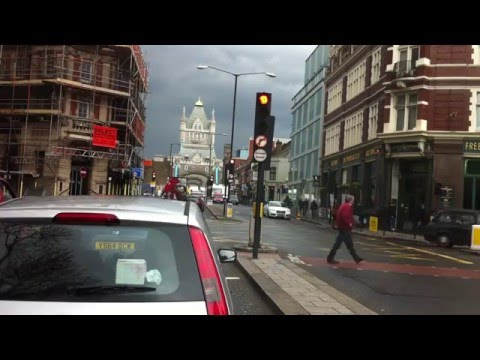 London streets (13.) - Drive from SE14 - Tower bridge - E14