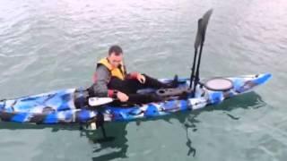 Galaxy Kayaks motor electrico en accion