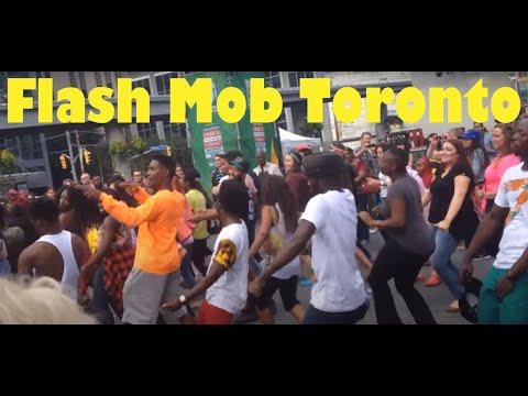 Flashmob in Toronto African Dance -