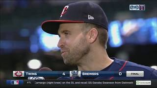 Twins' Dozier loves watching Bartolo Colon hit