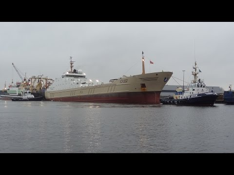 Giant deep sea fishing vessel, Tugs, Sea Locks