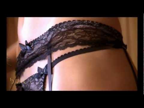 Эротические стринги и пояс для чулок Baci Lingerie