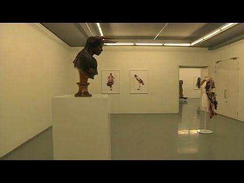 Cape Town grain silo turns into Africa's largest art museum [no comment]