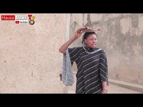 Download Lallai Abu Yakai Abu [ Momee_gombe Tana Tallan goro] Short Video