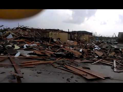 Tupelo ms tornado aftermath