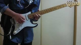 ビートルズのホワイル・マイ・ギター・ジェントリー・ウィープスを弾き...