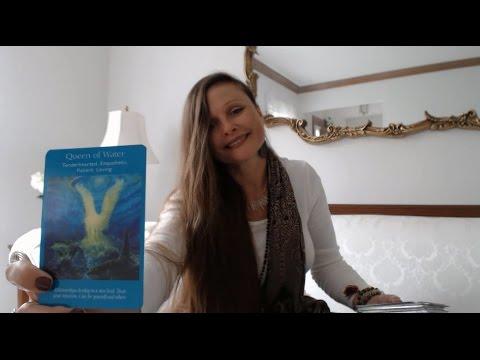 Free Daily Oracle & Tarot Intuitive Angel Card Reading - Weekend Fri, Sat, Sun Oct 28, 29, 30, 2016