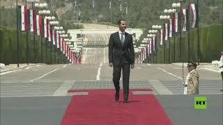 مشاهد وصول بشار الأسد إلى قصر الشعب في دمشق قبل أدائه اليمين رئيسا للجمهورية العربية السورية