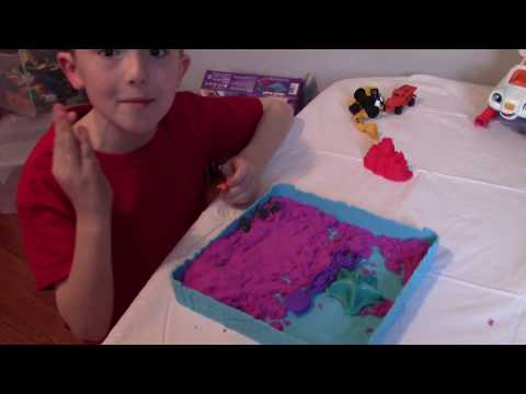 Toy Army Men Capture Ninja In Kinetic Sand Playtime