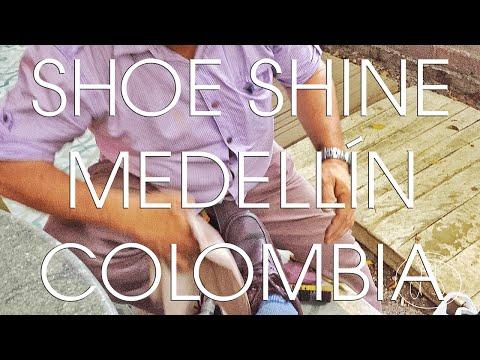 Colombia - Shoe Shine Time in Poblado, Medellín