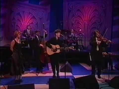 Lyle Lovett & Shawn Colvin - (One Eyed) Fiona [Live]