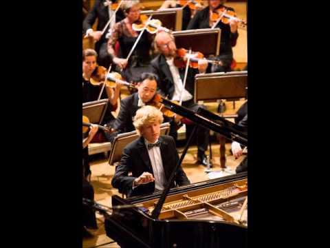 Jan Lisiecki - Grieg Piano Concerto