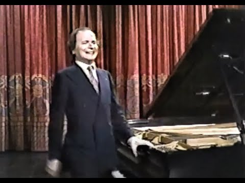 Byron Janis performs Chopin & Gottschalk (1 February 1984)