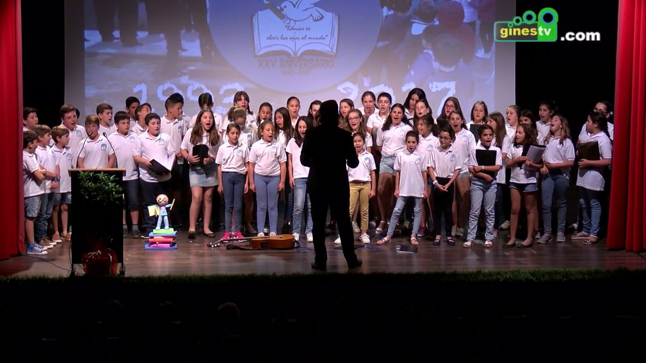 El colegio Ángel Campano conmemora sus 25 años en un emotivo acto con toda la comunidad educativa