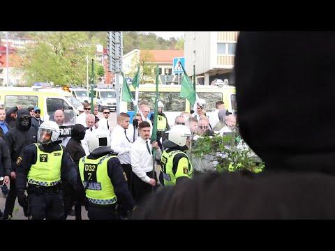 Nordiska Motståndsrörelsen med Poliseskort och Motdemostranter i Kungälv - 63st Gripna