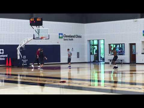 LeBron James makes 15 3-pointers in a row after Cavs practice