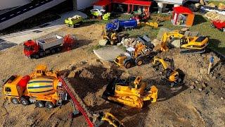 BRUDER TRUCK CAT Construction company 6
