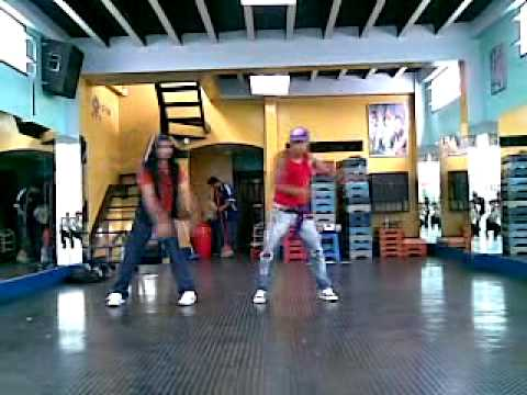 STREET DANCE SCHOOL in GUAYAQUIL