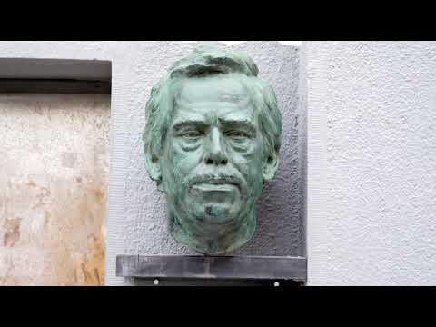 Václav Havel %7C portrétní busta %7C Jan Padyšák