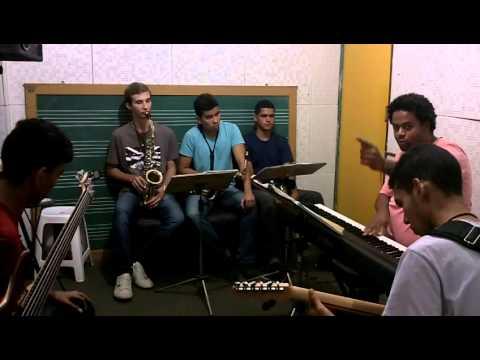 JAZZ TOTAL Improviso em modo Lidio Escola de Musica Villa-Lobos - RJ